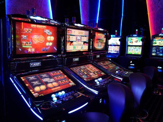 Организация охраны казино слушать онлайн кармэн казино